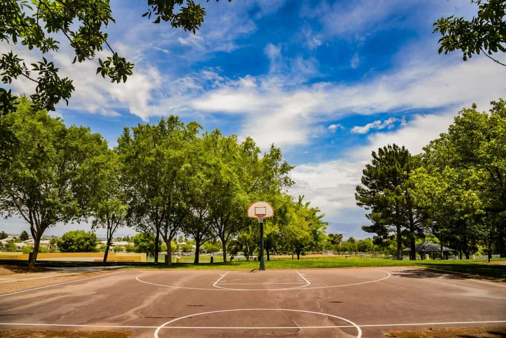 Summerlin-the-Hills-Park-basketball-courts